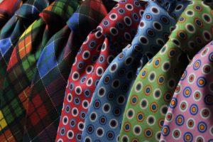 Wybór odzieży naprawdę ma znaczenie na naszą pozycję w społeczeństwie (pixabay.com)